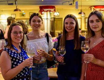 The Expat's Guide: How to Make Friends as an Expat