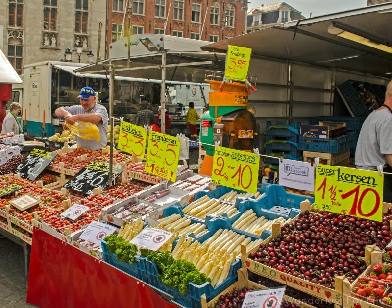 bruges market veg