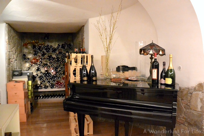 Wine Tasting in Sorrento - Secret Cellar