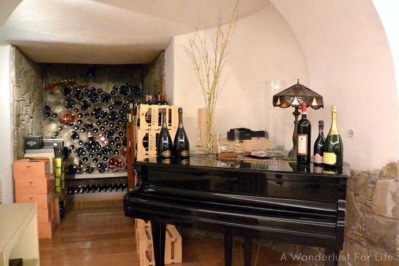 Wine Tasting in Sorrento - Secret Cellar