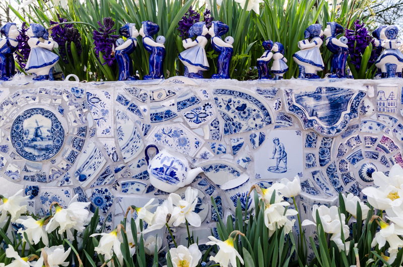 Dutch pottery at the Keukenhof