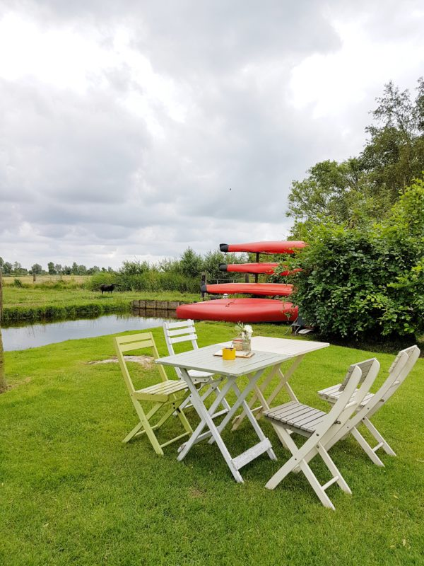 Picnic in Waterland