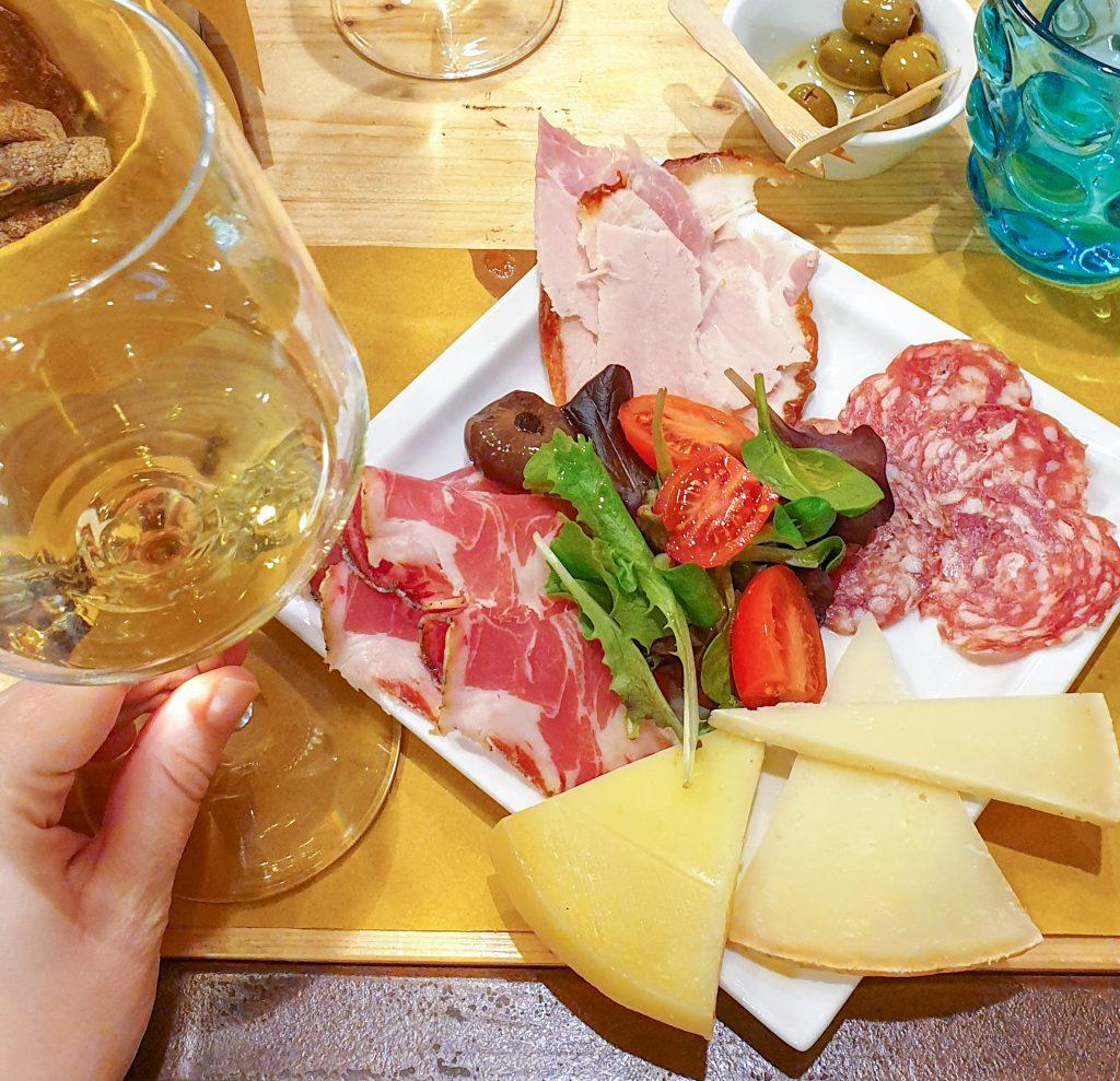wine tasting cagliari