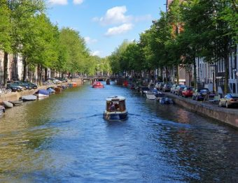 21 Helpful Amsterdam tips from a local