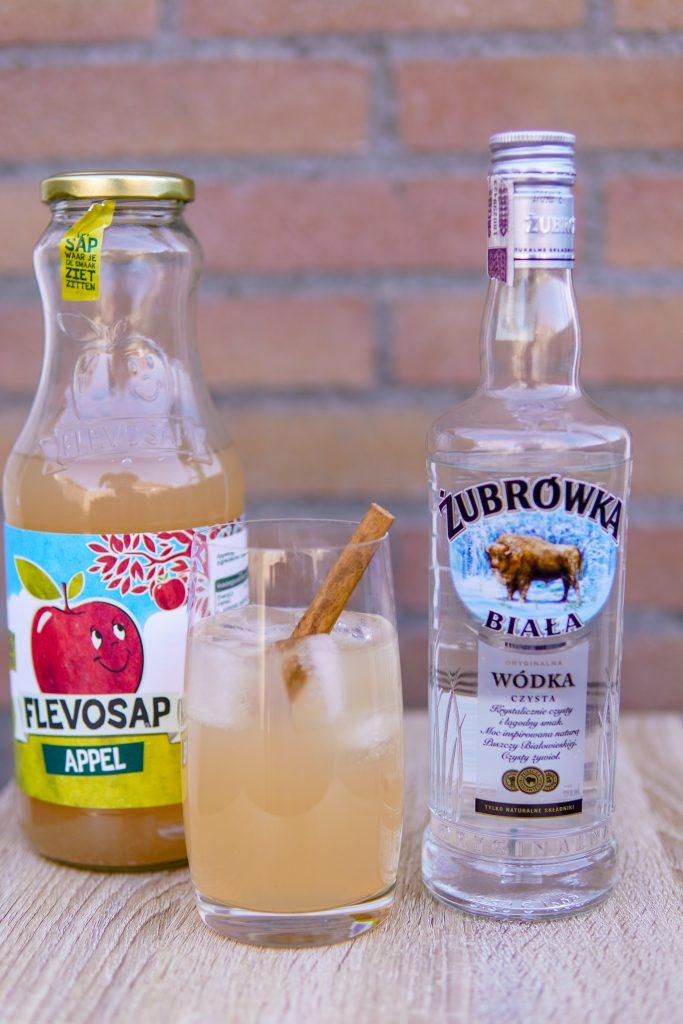 Polish Kiss cocktail with Polish Bison vodka