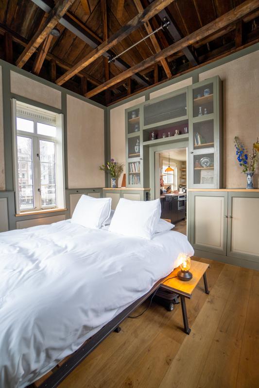 Bedroom in Amstelschutsluis Sweets Hotel Amsterdam - vertical